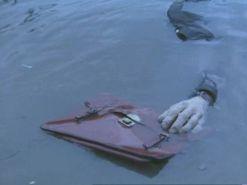 Mincemeat-briefcase