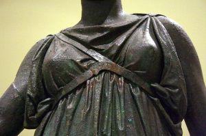 Diosa Artemisa, Museo de Atenas. (Foto de Giovanni dall'Orto