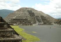 Pirámide de la Luna