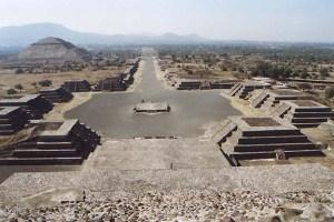 Teotihuacan desde Pirámide de la Luna