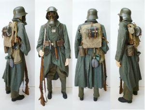 Soldado en la 2ª Batalla de Ypres, con máscara.