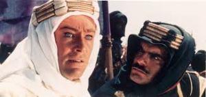 Peter O'Toole como Lawrence de Arabia y Omar Sharif.
