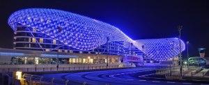 Yas Hotel Marina en Abu Dhabi.