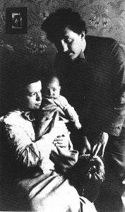Einstein y Mileva con el pequeño Albert