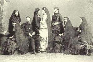 Las Hermanas Sutherland.