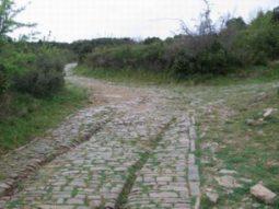 Surcos en un camino romano.